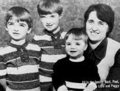 Family album (from left to right): Noel, Paul, Liam and mom Peggy Gallagher