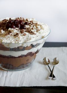 Black Forest Trifle with Brandy   Obsessive Cooking Disorder #blackforest #brandy #cherry #chocolate #trifle