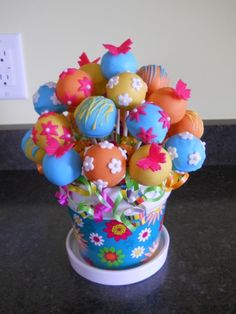 Cake Pop Bouquet  > loving the cake pops! takes the work out of having to cut the cake and pass it out! Work is already done for you!