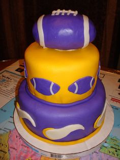 Minnesota Vikings Football Cake  on Cake Central