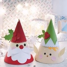 It's beginning to look a lot like Christmas🎄These are boxes I made for Aren't they cute? Paper Christmas Decorations, Christmas Card Crafts, Christmas Origami, Christmas Activities, Diy Christmas Ornaments, Felt Christmas, Christmas Printables, Christmas Projects, Christmas Holidays