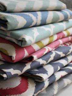 Ikat & Co. : BIGGIE BEST Quilt Bedding, Linen Bedding, Cotton Blankets, Scatter Cushions, Scented Candles, Ikat, Fabrics, Linen Sheets, Tejidos