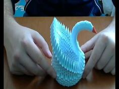 This is a tutorial on how to make 3d origami Swan . This is a simple models for beginers. If you have questions about how to do this base you can ask me here...