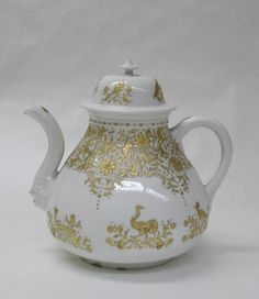 Meissen Manufactory | Teapot with cover (part of a service) | German, Meissen | The Met