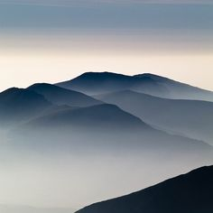 misty mountains by Nigel Jarvis