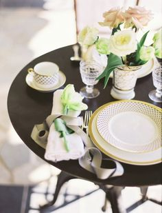 A lovely table setting for 2!
