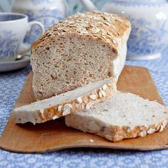 Glutenfritt formbröd | Ett saftigt och gott glutenfritt bröd med kvarg. Gott att rosta.