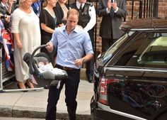 Prince William drives Kate and their baby home from hospital to Kensington Palace. How sweet! 23 July 2013