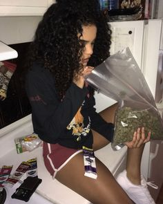 Smelling weed is my specialty Gangsta Girl, Fille Gangsta, Girl Smoking, Smoking Weed, High Society, Rauch Fotografie, Thug Girl, Stoner Girl, Weed