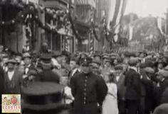#ScooterEnschede - Film van onze winkelstraat uit 1923 - Burgemeesterstraat - later #Haverstraatpassage ow.ly/nLaZ304ADrD #Enschede