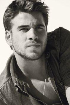 Hiiiiiiii.  #TeamGale.  Liam Hemsworth, GQ Magazine April 2012