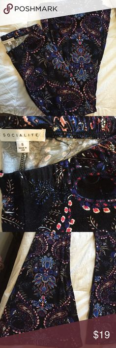Bell bottoms!! Super cute. Brand new Black floral bell bottoms size S. stretch Socialite Pants Wide Leg