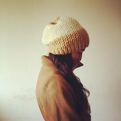 Gorro/ Slouchy hat by Mercedes Galarce .:Miti - Mota:., via Flickr