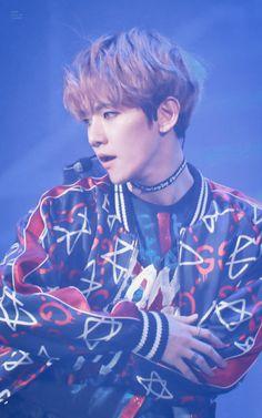 Baekhyun is so gorgeous
