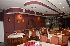 На Ваше разположение е ресторантът на Хотел Драма,който работи само за закуска. Conference Room, Table, Furniture, Home Decor, Decoration Home, Room Decor, Tables, Home Furnishings, Home Interior Design