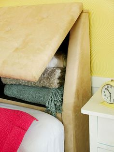 Facing a space crunch like every other urban dweller on the planet? Regardless of how much you try and do away with extra stuff around the house, smart design and modern furniture can help you in your quest to keep your home neat and organized by using multipurpose furniture that has the built in storage.