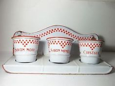 Charming-Vintage-French-Enamelware-Enamel-Graniteware-4-Piece-Soap-Pot-Set