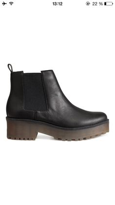 H&M Chelsea Boots with platform