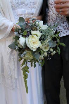 Flower Design Events: Christmas Wedding Bouquet