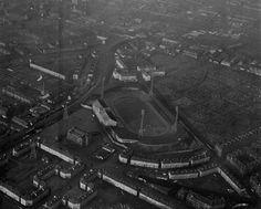 The old Celtic football ground Retro Football, Football Stuff, Football Pictures, School Football, Bristol Rovers, British Football, Celtic Fc, Football Stadiums, Glasgow
