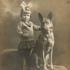 1890s LITTLE GIRL GERMAN SHEPHERD DOG CABINET CARD PHOTO VICTORIAN ANTIQUE
