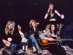 Steven Adler, Slash, Duff McKagan, Axl Rose, Izzy Stradlin