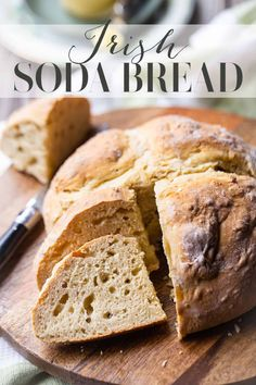 Irish Soda Bread: An authentic Irish soda bread recipe from Ireland! Bakes up crusty on the outside, soft in the middle, with perfectly balanced flavors. Just 4 ingredients! Freshly baked bread in less than an hour. Recipe For Soda Bread, Quick Bread Recipes, Easy Bread, Banana Bread Recipes, Baking Recipes, Healthy Recipes, Irish Desserts, Irish Recipes, Asian Desserts