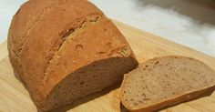 Mennyei Dagasztás nélküli rozsos kenyér - éjszakai kelesztéssel recept! Villámgyorsan, kb. 5 perc alatt összeállítható rozsos kenyérke, ami éjszaka megkel és reggel már süthetjük is. :) Pan Bread, Banana Bread, Bakery, Rolls, Food And Drink, Recipes, Twitter, Projects, Log Projects