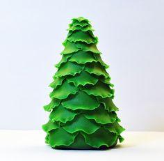 Judy's Cakes: Christmas Tree Tutorial #7