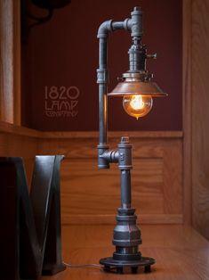 Lampe Industrial, Vintage Industrial Lighting, Industrial Light Fixtures, Industrial Furniture, Pipe Furniture, Industrial Style, Design Industrial, Furniture Vintage, Design Furniture