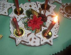Medovníkový adventný veniec Birthday Candles