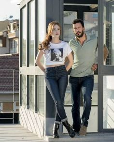 "The photo ""Elçin Sangu and Baris Arduç : Hürriyet - Kelebek Newspaper Photo Shoots - September has been viewed 706 times. Turkish Fashion, Turkish Beauty, Prettiest Actresses, Beautiful Actresses, Elcin Sangu, Cute Love Couple, Cute Girl Photo, Mode Hijab, Turkish Actors"