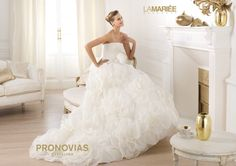 Pronovias presents the Licia bridal dress. Slip Wedding Dress, Wedding Dress Cake, Open Back Wedding Dress, White Wedding Gowns, Wedding Dresses 2014, Designer Wedding Dresses, Bridal Dresses, Bridesmaid Dresses, Gown Wedding