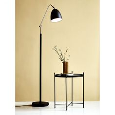Nordlux alexander gulvlampe e27, sort Desk Lamp, Table Lamp, Metal Screen, Timeless Design, Floor Lamp, Indoor, Flooring, Lighting, Modern