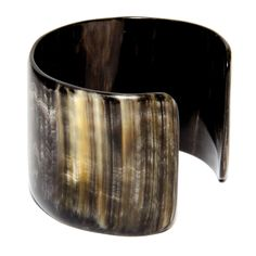 Solid and wide cuff made of cow horn