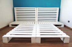 http://www.upcycleart.info/wp-content/uploads/2016/04/pallet-bed-frame-with-headboard.jpg