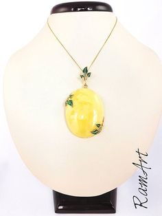 Amber pendant Genuine Baltic Amber pendant Yellow and White #fashion l#shopping #love #style #style #christmasgifts #gifts christmasgift #gift #amber #amberpendant #balticamber
