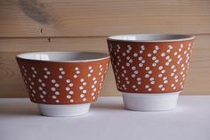 set of 2 vintage ADCO cache pots/flower pots 60's/70's by praat on Etsy https://www.etsy.com/listing/257045057/set-of-2-vintage-adco-cache-potsflower