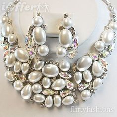 CHUNKY WHITE PEARL CRYSTAL RHINESTONE BIB NECKLACE SET