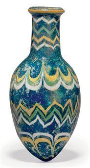 Месопотамская бутылка, около середины  15-го века до н.э. Непрозрачный кобальт, синий цвет, яйцевидное тело