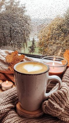 Winter Coffee, Coffee Cozy, Coffee Art, Coffee Break, Coffee Time, Coffee Shop, Good Morning Winter, Good Morning Coffee, Coffee Photography
