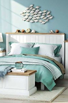 If you want to relax in beach themed bedroom, remodeling your own room might be the way to go. Ocean Bedroom, Beach House Bedroom, Beach Room, Home Bedroom, Master Bedroom, Teen Girl Bedrooms, Guest Bedrooms, Beach Bedrooms, Bedroom Themes