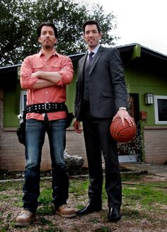 "Drew and Johnathan Silver Scott ""here let me just palm this basket ball"""