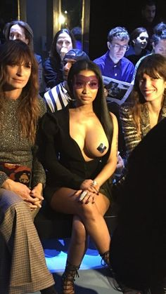 Arabian Beauty Women, Nicki Minaj, Sexy Body, Bikinis, Swimwear, Rap, Singers, Fashion, Bathing Suits
