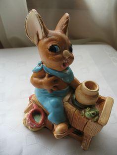Vintage CROCKER Pendelfin figurine - Made in England