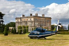 Hedsor House is a magnificent country house and a unique wedding venue,  also most suitable for corporate events including team building and  conferences. Exclusive use for private parties also provided.