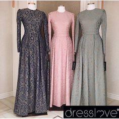 Maxi dress inspiration of moeslim Islamic Fashion, Muslim Fashion, Modest Fashion, Fashion Dresses, Modest Dresses, Elegant Dresses, Beautiful Dresses, Hijabi Gowns, Dress Brokat
