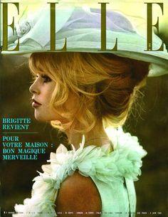 Elle  -  Brigitte Bardot