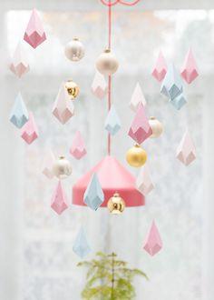 Paper crystals & baubles @ zilverblauw.nl