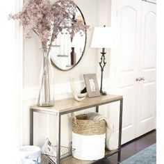 This Home Tour is Giving Us Major Shelfie Goals Entryway Decor Ideas giving Goals Home Major Shelfie Tour Coastal Entryway, Entryway Decor, Entryway Ideas, Entrance Table Decor, Console Table Decor, Entry Foyer, Entry Table Mirror, Hallway Entrance Ideas, Entryway Console Table